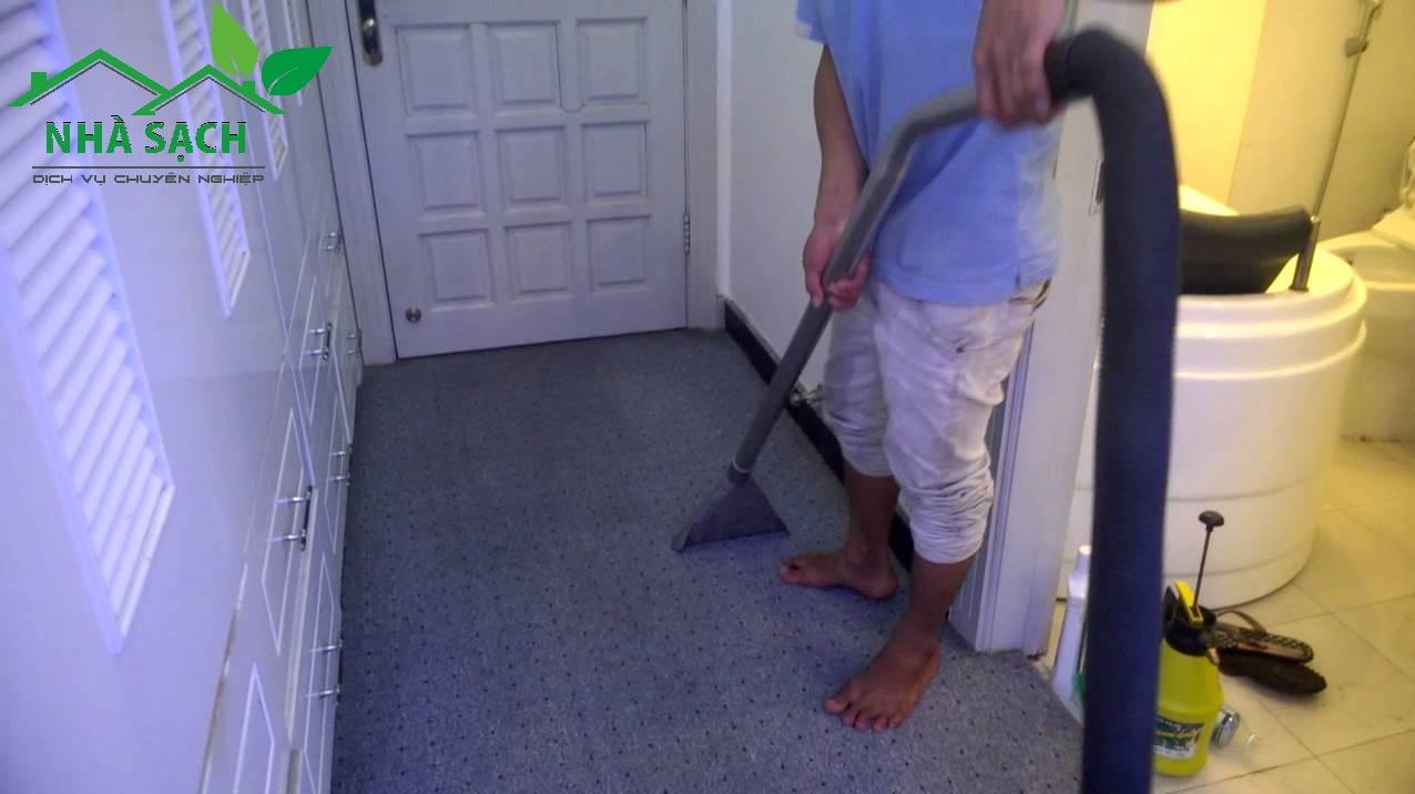 Dịch vụ giặt thảm quận 2