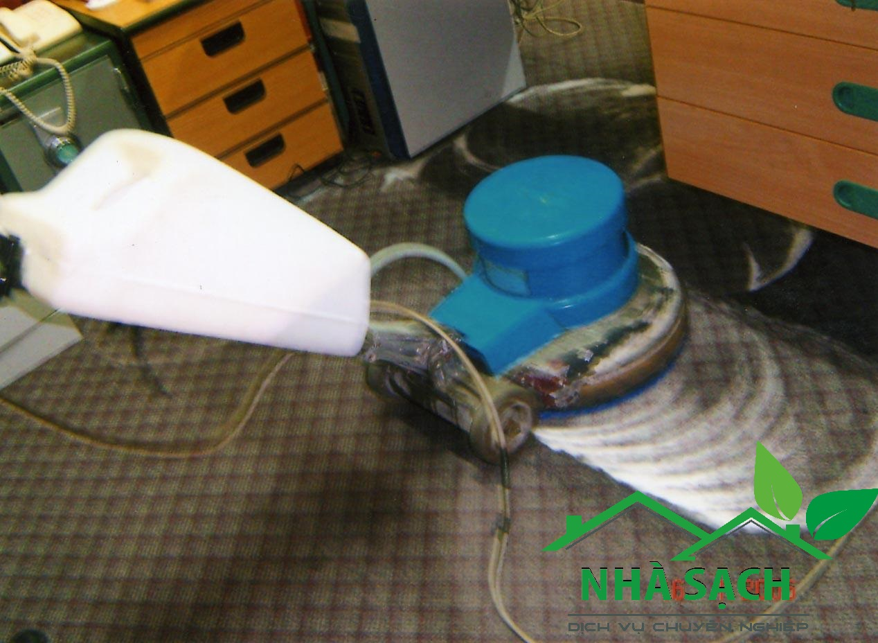 Dịch vụ giặt thảm quận 8