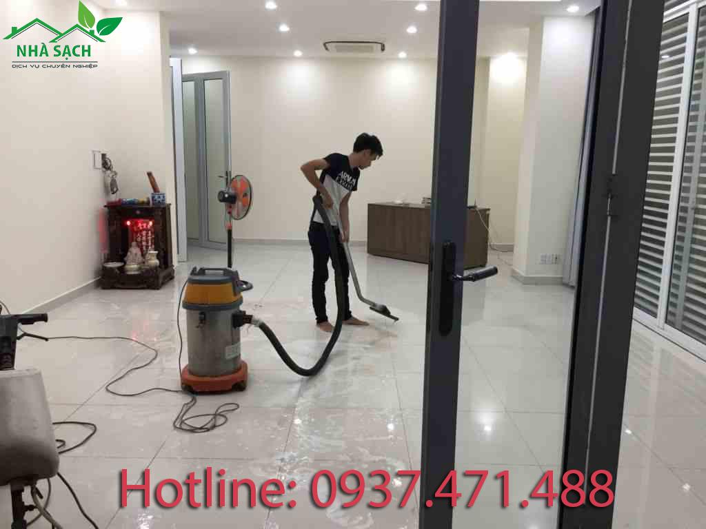 Dịch vụ vệ sinh công nghiệp uy tín nhất tại tphcm